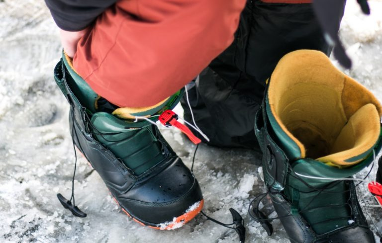 How Tight Should Snowboard Boots Be?