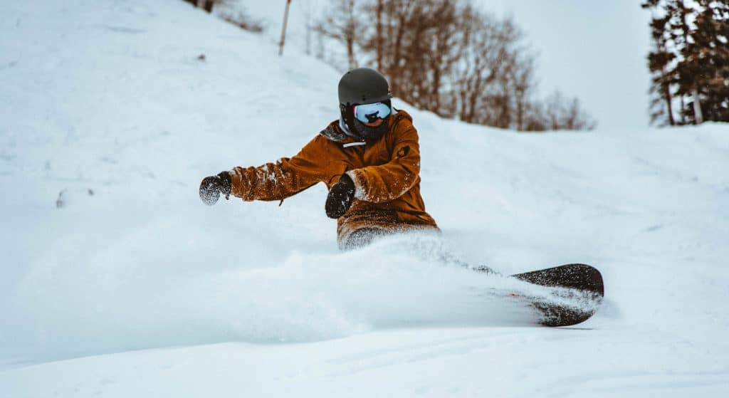 Best All-Mountain Snowboards 2020/21